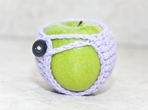 Apple Cozy. ©CherrySprinkle.com. DO NOT COPY