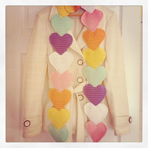 Sweethearts Scarf. ©CherrySprinkle.com. DO NOT COPY